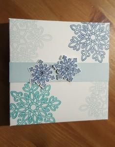 Flockenzauber - kleine Box mit dem Umschlagbrett